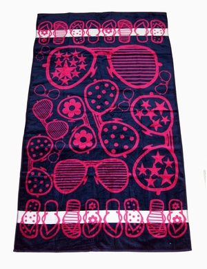 Extra Large Beach Towel - Trendy from www.theseasidecompany.co.uk
