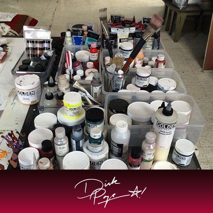 """""""Nel mio #laboratorio: preparazione del tavolo di lavoro prima di realizzare nuovi colori"""". Dick Page #makeupartist #ShiseidoArte  www.shiseido.it"""