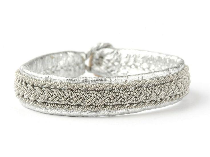 Classic 2 Samer armbånd fra BeChristensen udført i hånden i elegant og feminint design. Til hverdag og fest <3