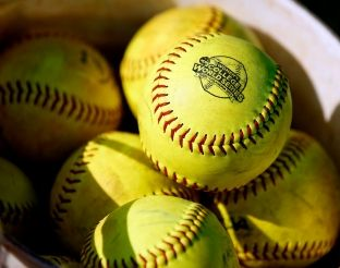 NCAA Softball Championship Committee announces first top 10 ranking of the season