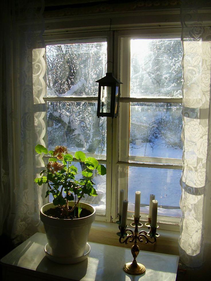 Log cabin window in winter somewhere in sweden for Window design 4 4