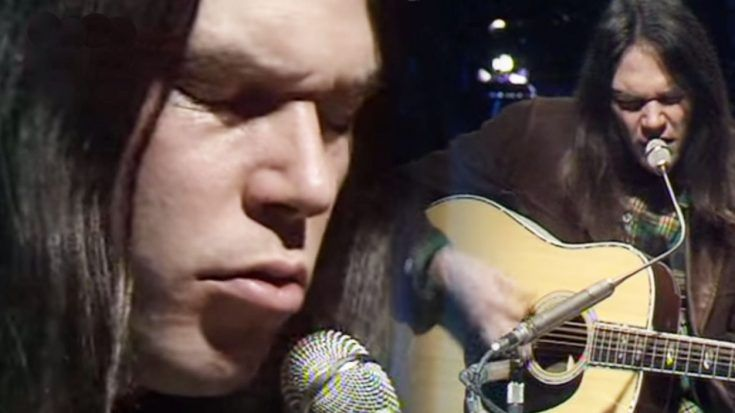 "Neil Young at 26 years old Stuns Entire Crowd With ""Old Man"""