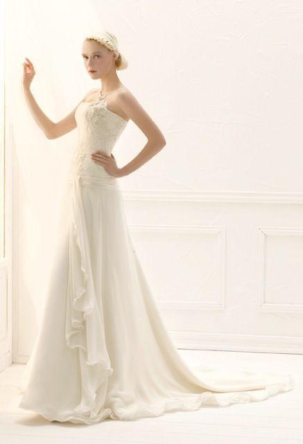 ogni sposa deve essere coccolata e deve essere libera di scegliere la giusta espressione della sua eleganza  #annatumas #atelier #weddingdress