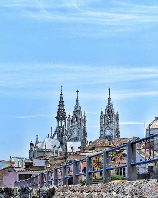 #BasílicadelVotoNacional #Quito  Vive tu mejor #aventura con #Rutaviva#TravelTheWorld  Encuentra cientos de DESTINOS y HOTELES en  www.rutaviva.com  _____________________________________________ Photo: @lucasgarzonf  #AmoEcuador #ViajaPrimeroEcuador#FeelAgainInEcuador  #Ecuador#FamiliaViajeraEcuador  #allyouneedisecuador #travelblogger #mochileros #natgeotravel #EcuadorTuLugarEnElMundo #LikeNoWhereElse #amor  #AllInOnePlace#instatravel #TraveltheWorld #World_Shots #live #familiaviajera…