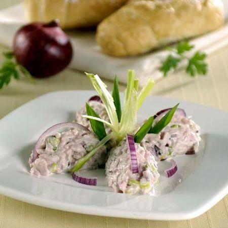 Egy finom Sonkakrém lila- és zöldhagymával ebédre vagy vacsorára? Sonkakrém lila- és zöldhagymával Receptek a Mindmegette.hu Recept gyűjteményében!