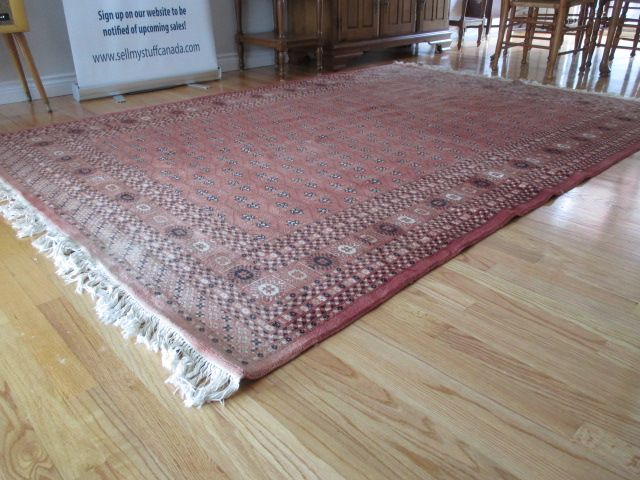 HAND-KNOTTED RUG Estate sale from graceful Bell's Corners home – 70 Ridgefield Crescent, Ottawa ON. Sale will take place SUNDAY, May 24th 2015, from 9am to 2pm. Visit www.sellmystuffcanada.com for full sale description and photos of all available items! #70Ridgefield #SMSO