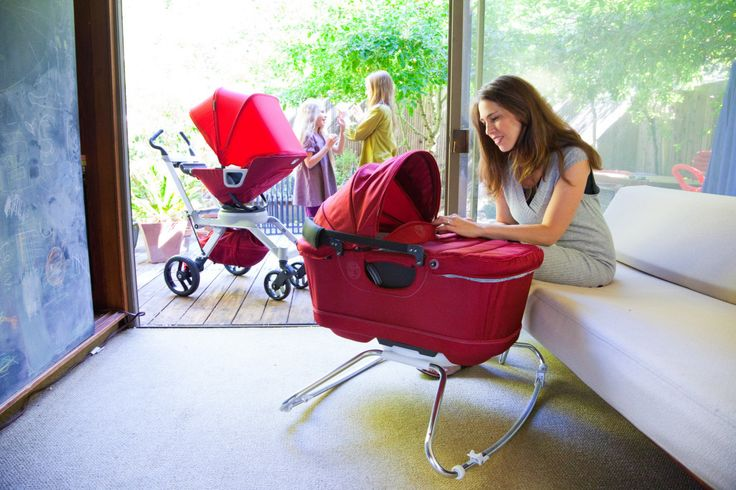 We love how sleek and functional the @Orbit Baby Stroller G2 + Bassinet Cradle G2 are! #babygear
