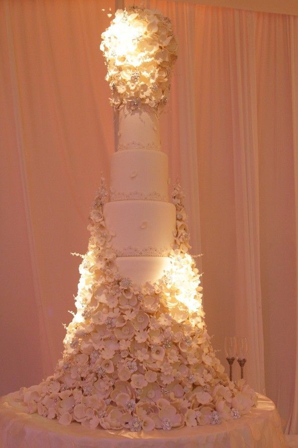 Stunning Tall Wedding Cake With Massive Sugar Flowers And