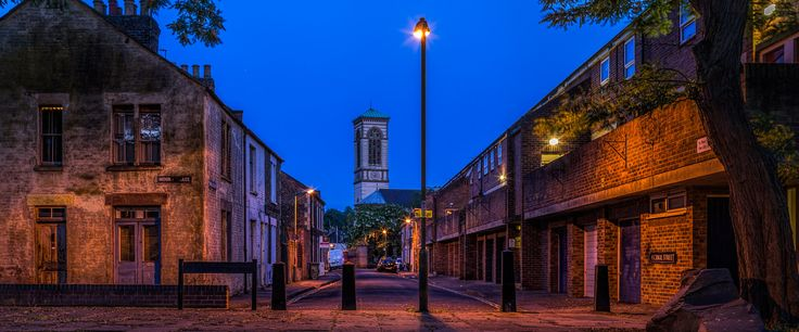 Canal Street, Jericho, Oxford   by thriddle