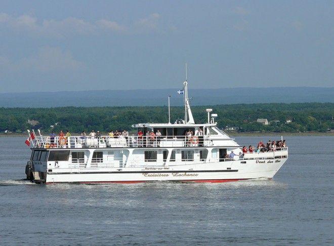 Croisière sur le fleuve St-Laurent à partir de Montmagny, Québec, Canada