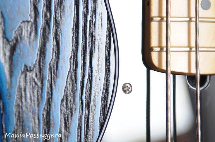 Fender Jazz Bass - 2015 Sandblasted Sapphire blue limited edition