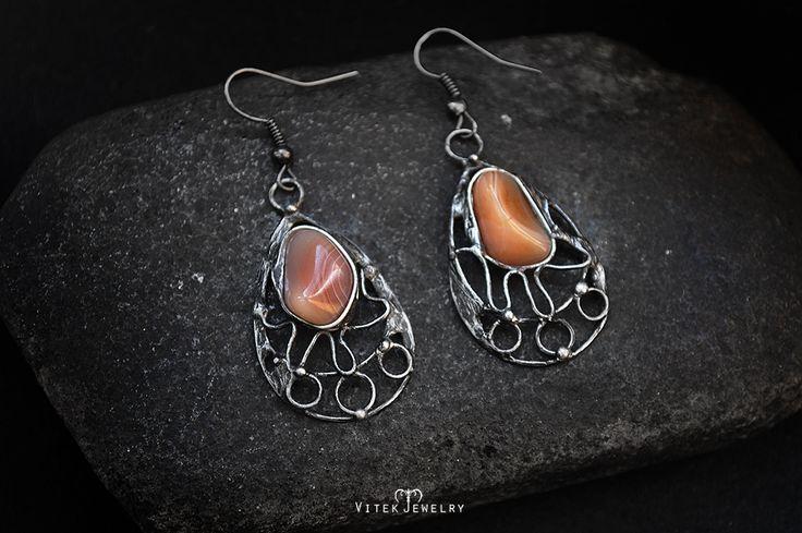 Sunshines Earrings with an agate gemstones. By VitekJewelry