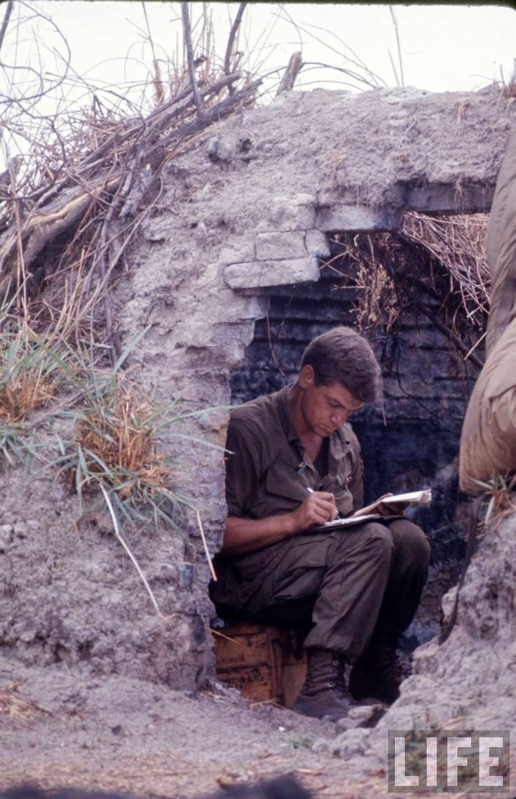 dear america letters home vietnam Dear america letters home from vietnam  nearly forty years after the official end of the vietnam war, dear america allows us to witness the war firsthand through.