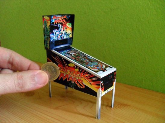 Miniature Pinball Machine, click for printies - great model template to make any kind of pinball machine