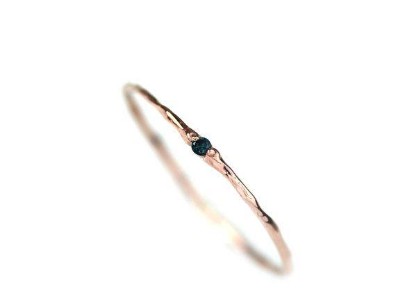 Blue Diamond Ring/eenvoudige verlovingsring Diamond/Gold stapelen Ring Birthstone/echte natuurlijke blauwe diamant met 14 k Solid Gold tak Ring