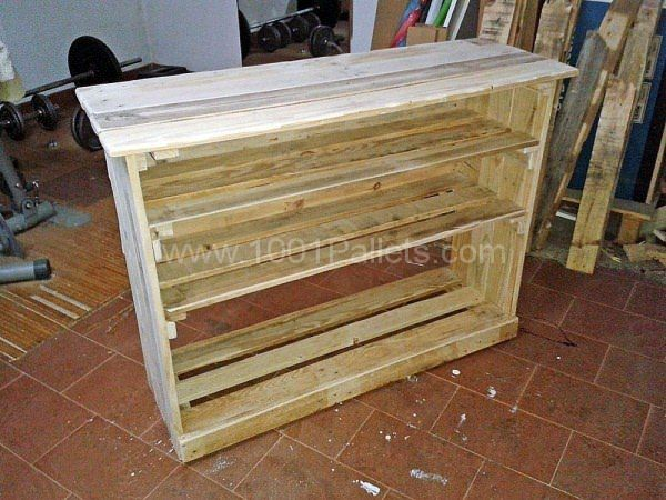 1000 ideas about shoe rack pallet on pinterest wood for Shoe rack made from pallets