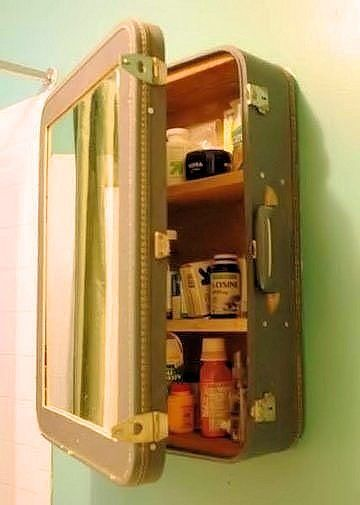 Small Bathroom Decorating Ideas | Decozilla - I adore this vintage suitcase turned medicine cabinet!!!
