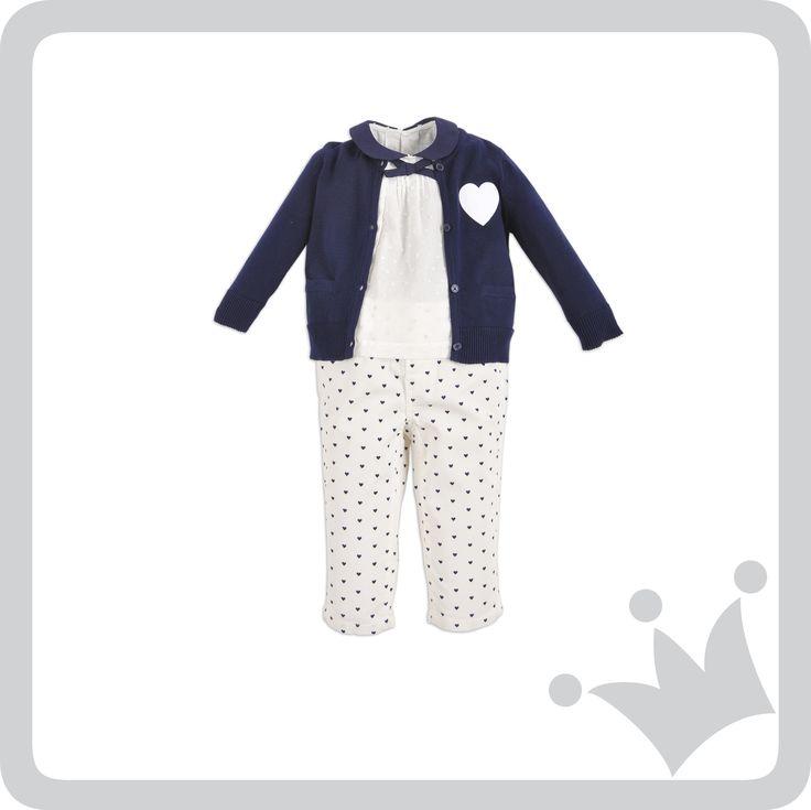 #Navy y #Polka hearts para las bebés, sencillamente encantador.