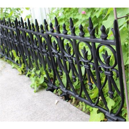Victorian Garden Fence, Antique Finish Old English Lawn Edging Aluminum, Heavy by TheKingsBay on Etsy https://www.etsy.com/listing/235490012/victorian-garden-fence-antique-finish