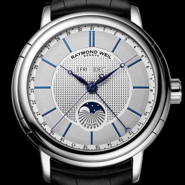 RAYMOND WEIL Maestro Phase de Lune RAYMOND WEIL adds a centrepiece to its maestro collection, and remains true to the parameters of classic, timeless and elegant watchmaking