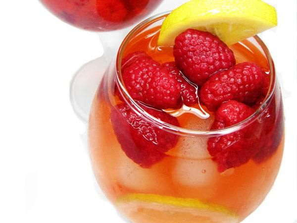 25 Water Recipes - Ditch sugary flavored water and soda for these easy tasty blends