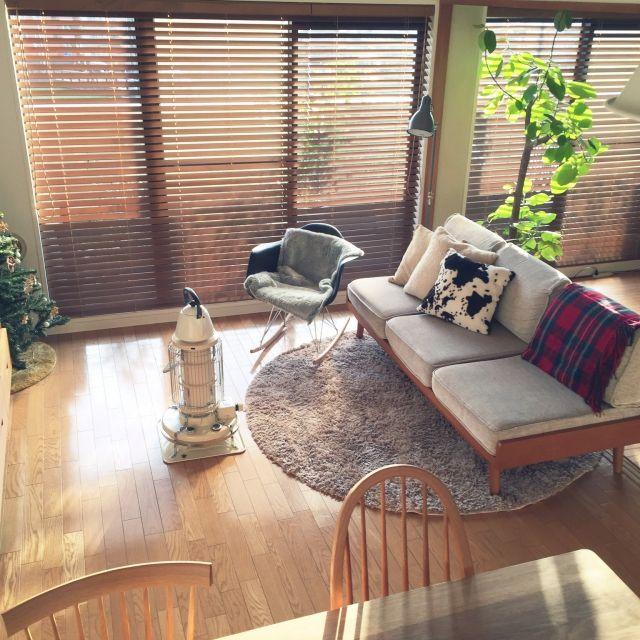 noriさんの、リビング,観葉植物,IKEA,ブラインド,unico,ウッドブラインド,クリスマスツリー,ロッキングチェアー,アラジンストーブ,のお部屋写真