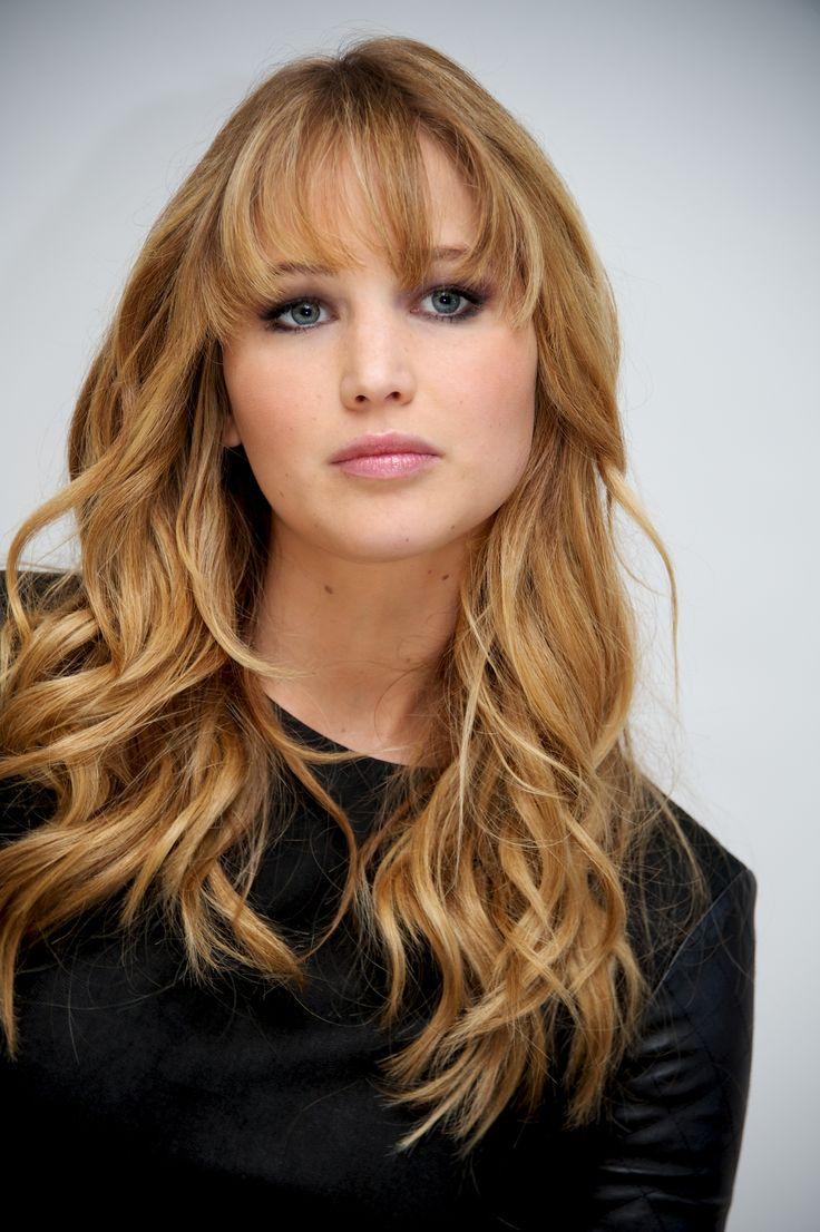 Jennifer Lawrence   Jennifer Lawrence – The Hunger Games
