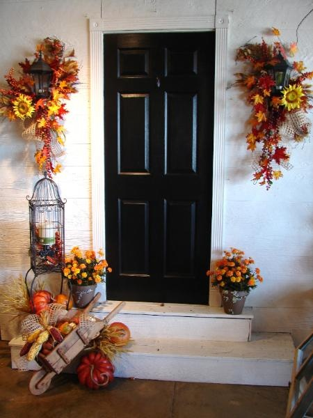 Outside Fall Decor - outside porch lights | Fall Decor DIY ...
