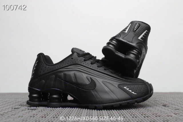 attractive price innovative design where can i buy Mens Nike Air Shox R4 Winter Footwear Triple black | Shoes ...