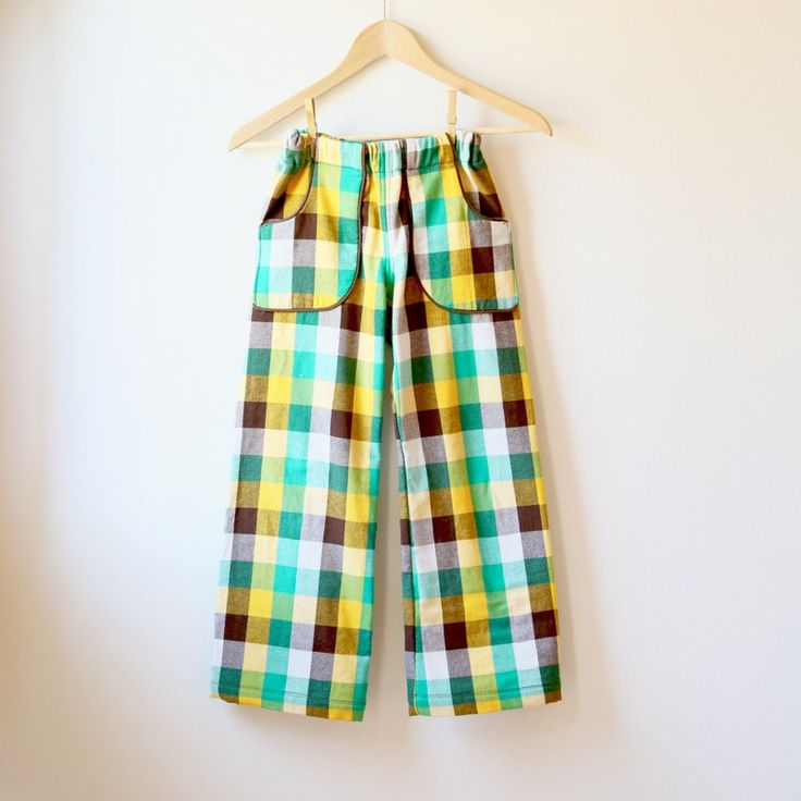 Today I'm going to show you how to turn the Parsley Pants into shorts! I'm using Parsley because that's my current favorite, but of course you could do this with ANY ol' two-piece pant pattern (including the Big Butt Baby Pants). [pinterest] Here are two pairs of Parsley Shorts that I made for my kiddos (bothRead more...