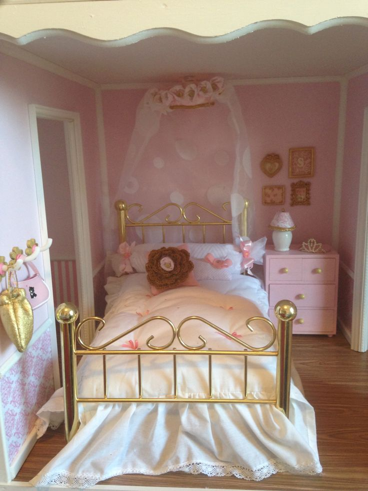 867 Best Doll Houses And Decorating Ideas Images On