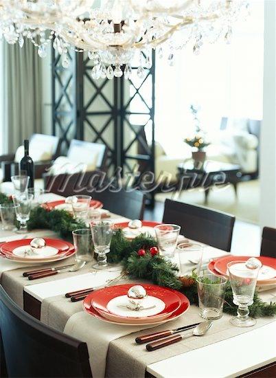 Christmas--a beautiful dinner setting.