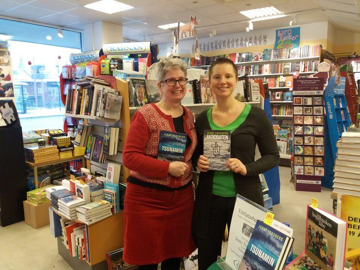 Signering i Näsbyparks bokhandel