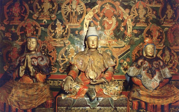 Tibetan King Srongtsong Gampo and his wives, Princess Bhrikuti of Nepal (viewer's left) and Princess Wencheng of China (viewer's right).