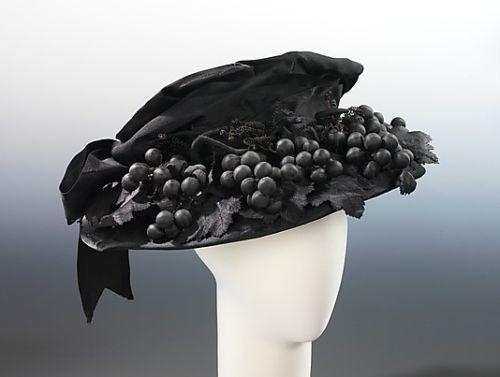 "Mourning hat by Bruat, Inc, ca 1915 US, the Metropolitan Museum of Art "" Black hats were popular for general wear in the 1910, particularly during the years of World War I, when sobriety and utility were the order of the day. Some hats, however,..."