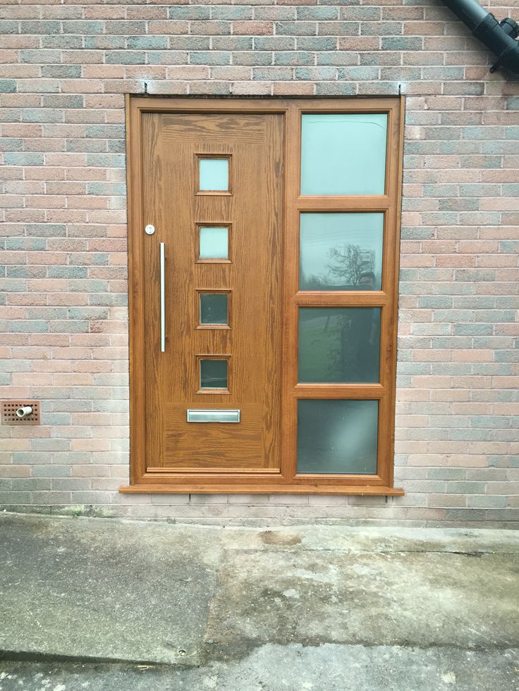 Oak effect composite door and screen