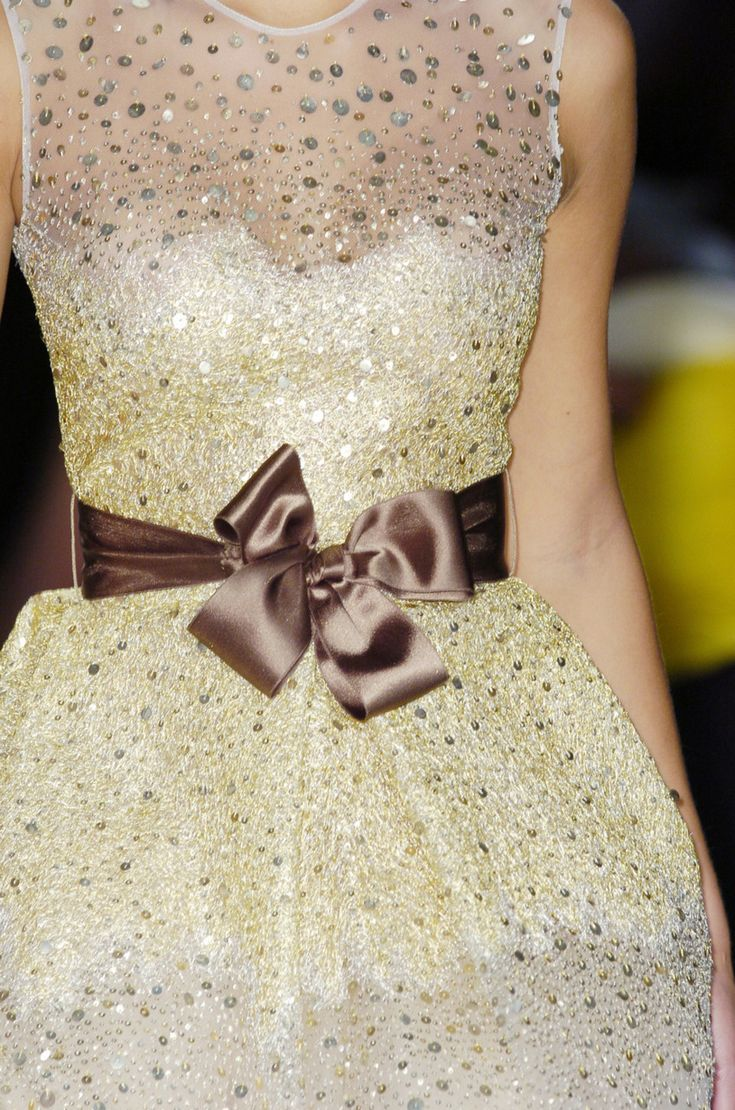 Oscar de la Renta: Couture Details, Birthday Dresses, Bridesmaid Dresses, Income, Saia Mini-Sequins, Satin Bows, Events Dresses, Oscars, Stunning Dresses