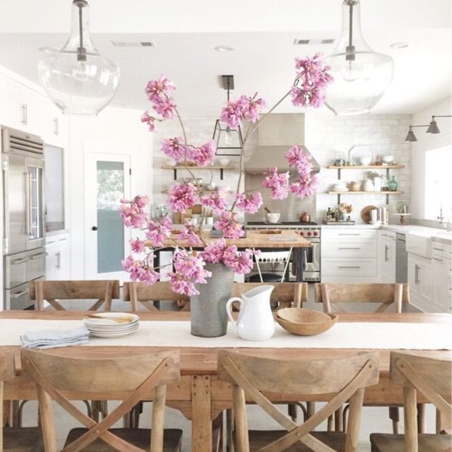 Beautiful kitchen posted by one of our new bHome users - loving what i do - not only the bloggers on bHome have great taste the users do too!  #bHomeApp https://bhome.us