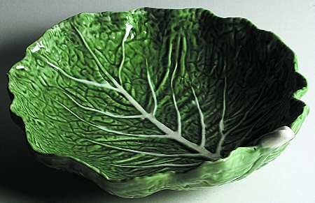 Round Shallow Bowl in the Cabbage-Green pattern by Bordallo Pinheiro