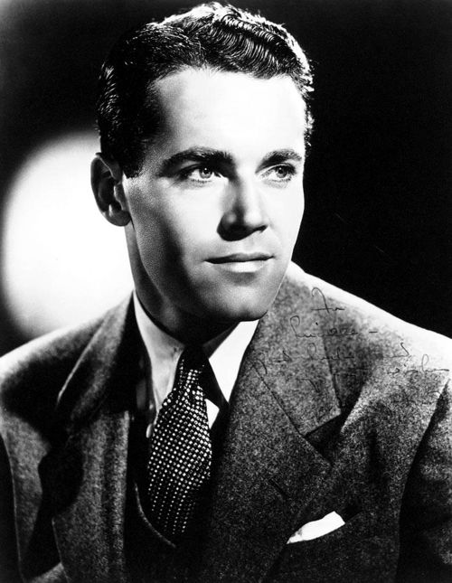 Henry Jaynes Fonda (May 16, 1905 – August 12, 1982) was an American film and stage actor. Fonda made his mark early as a Broadway actor.