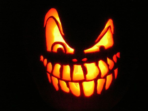 another scary halloween pumpkin carving idea - Scary Halloween Pumpkin Faces