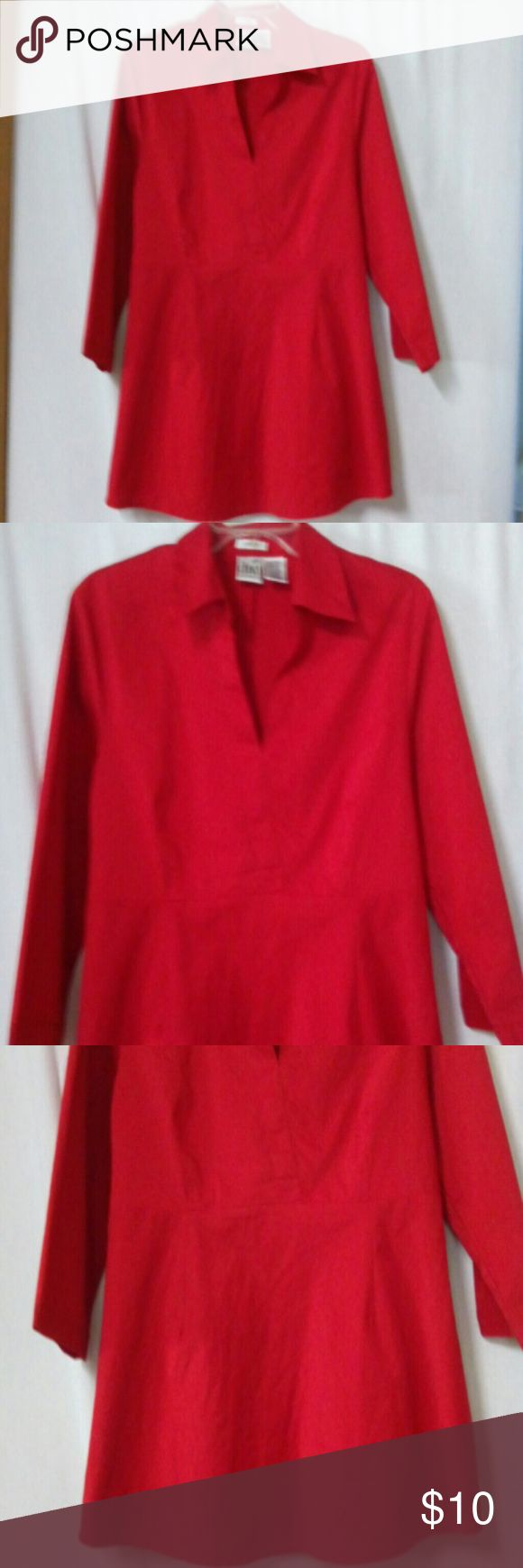 """Duo Maternity Women's Size Medium Shirt Top Barely worn, red, stretch, 3/4 sleeve, v neck, hidden zipper under the left arm, ties in the back, cotton, polyester and spandex, chest 42"""", length 28"""" Duo Maternity Tops"""