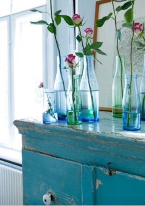 rosebuds in blue