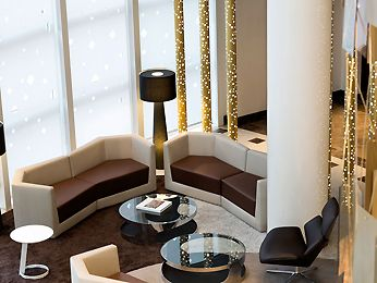 Hotel in PARIS LA DEFENSE (Courbevoie) - Book your hotel Pullman Paris la Defense 11 Avenue de L'arche 92400 Courbevoie Defense Paris