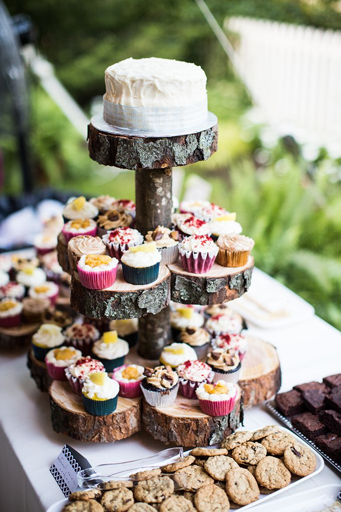 rustic cake | Brianna Wilbur Photography | Glamour & Grace