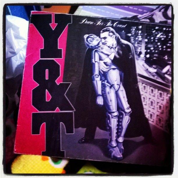 Y&T #downtothecount #album #albumcover #BelaLugosi kinda #Dracula meets #Metropolis #Halloweenmusic