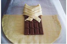 Elle met une tablette de chocolat au four... Regardez le résultat, vous allez en vouloir DE SUITE! | LikeMag
