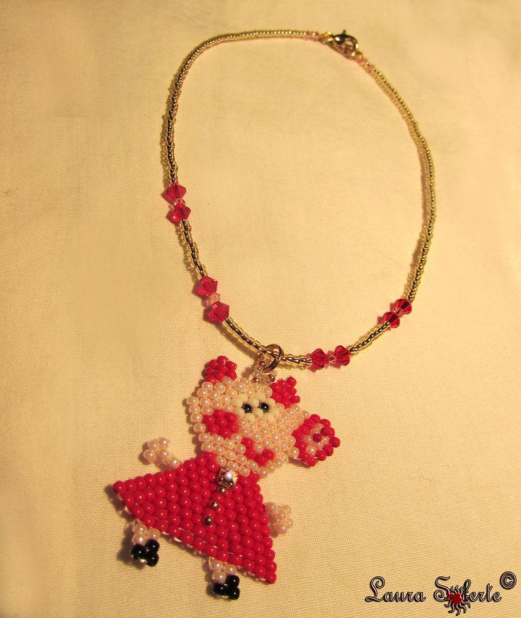 #peppapig #pendant #ciondolo #collana #necklace #gioiello #jewerl #jewerly #gioiellifattiamano #handmadejewerly #swarovski #cristalli #miyuki #perline #seedbeads