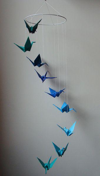 Mobile Origami *Kranich* Grün-Türkis-Blau von Casa colorata auf DaWanda.com, auch mit Booten o.ä.