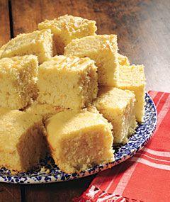 Country sampler sweet cornbread: Breads Sweet, Breads Yummy, Country Sampler Magazines, Sampler Sweet, Sweet Cornbread, Mmmm Cornbread, Sweet Corncak, Colonial Bakeries, Corn Breads